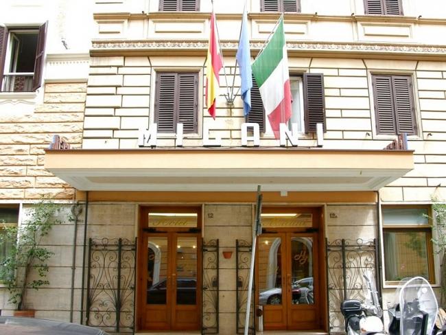 Hotel milani en roma viajar a italia for Hoteles familiares en roma