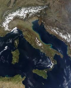 Imagen satelital de Italia en Marzo de 2003