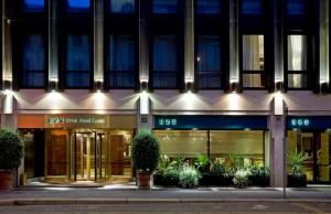 Una Hotel Century **** en Milán