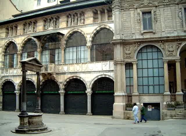 Plaza Mercanti