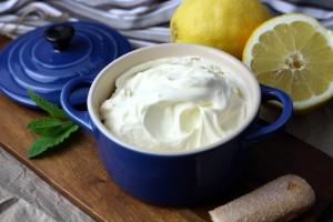 El queso mascarpone es típico en la cocina italiana.