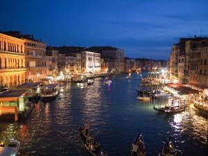 Vida Nocturna en Venecia.