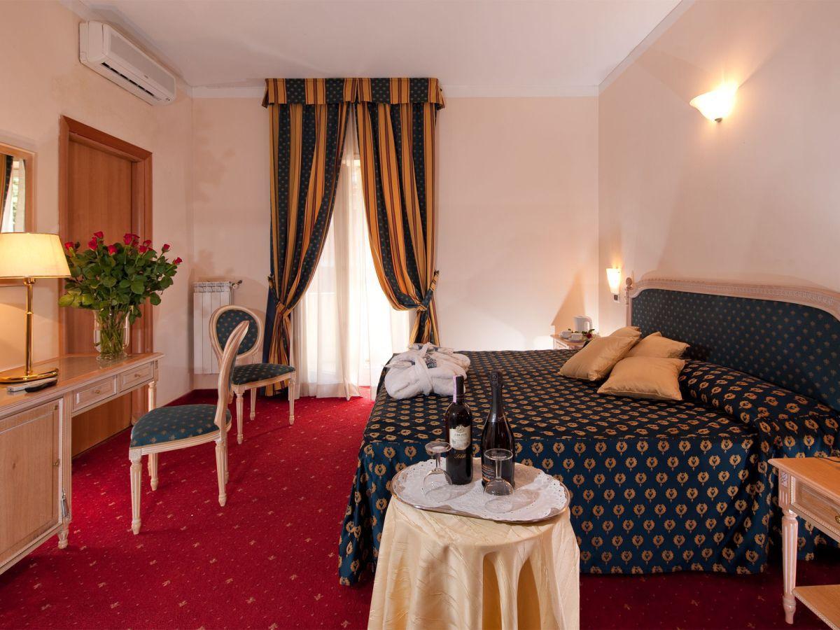 Hoteles en roma viajar a italia for Hoteles familiares en roma