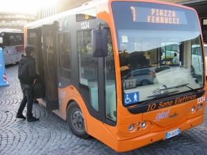 """vehículos """"Tecnobus"""" eléctricos en Florencia"""
