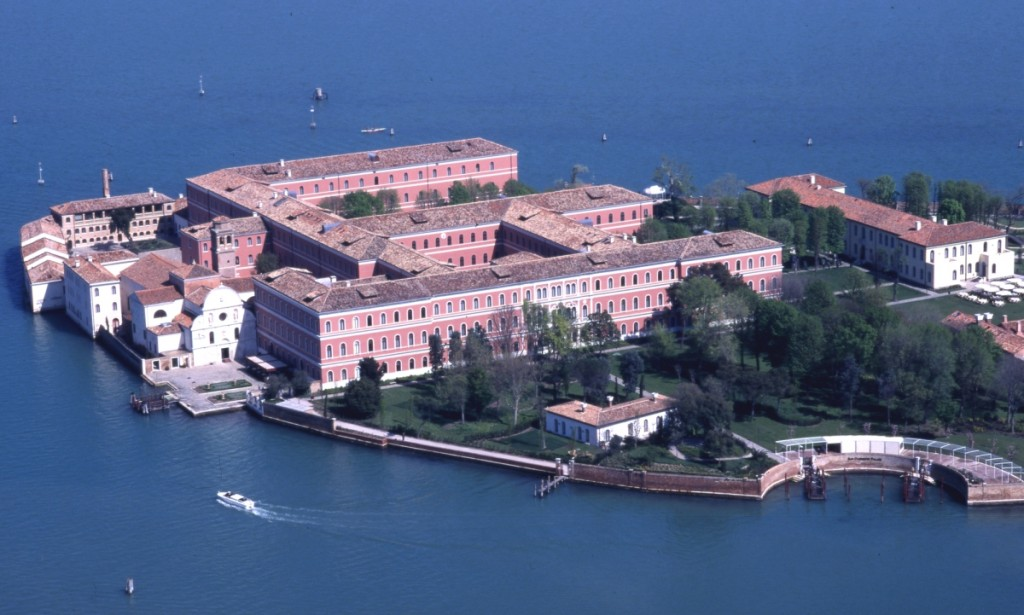 Hoteles de lujo en venecia viajar a italia for Hoteles de lujo en venecia