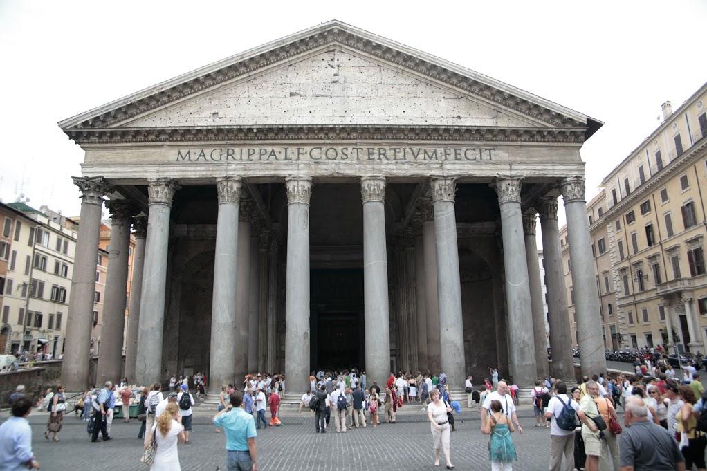 Pante n de agripa pante n de roma viajar a italia for Esterno pantheon