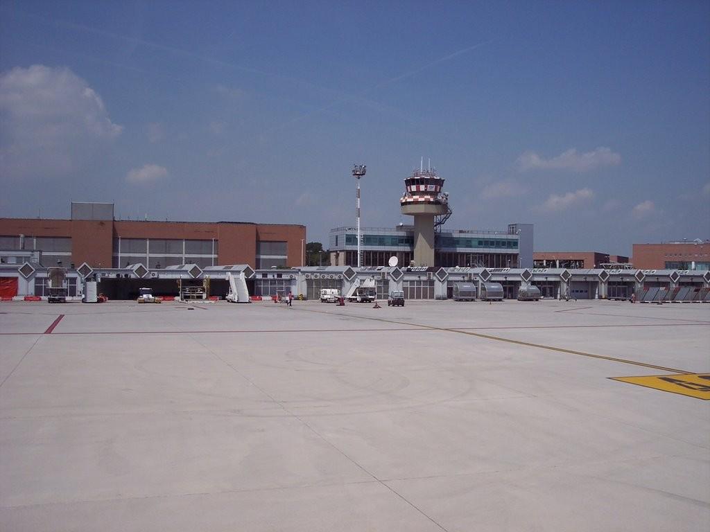 Aeropuerto De Venecia Marco Polo Viajar A Italia