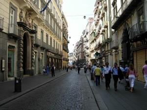 Via Toledo, Nápoles