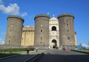 Fachada del Castillo Maschio Angioino.
